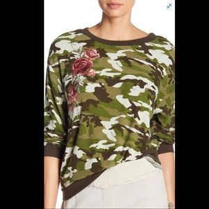 Poof embroidered camo sweatshirt size L